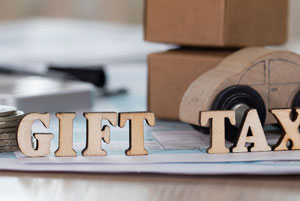 Gifting to US residents - who pays the gift tax?